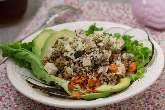 Salade vitaminée et protéinée