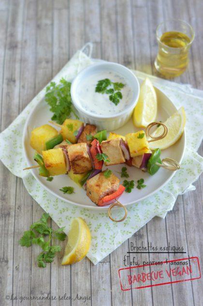 Brochettes exotiques {Tofu, ananas & poivron}