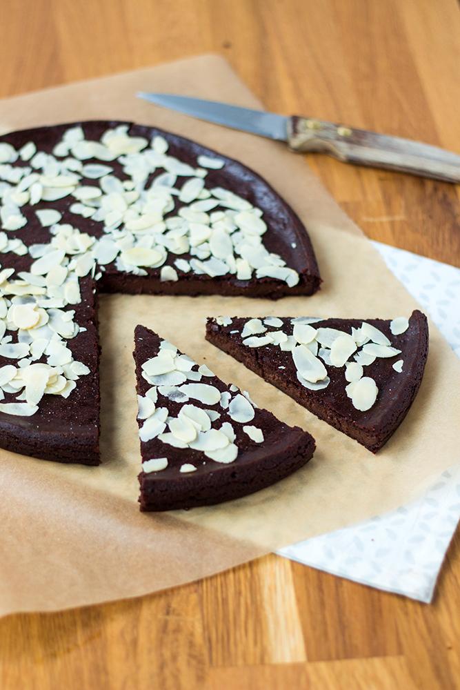 fondant au chocolat au tofu soyeux recette vegan pratique. Black Bedroom Furniture Sets. Home Design Ideas