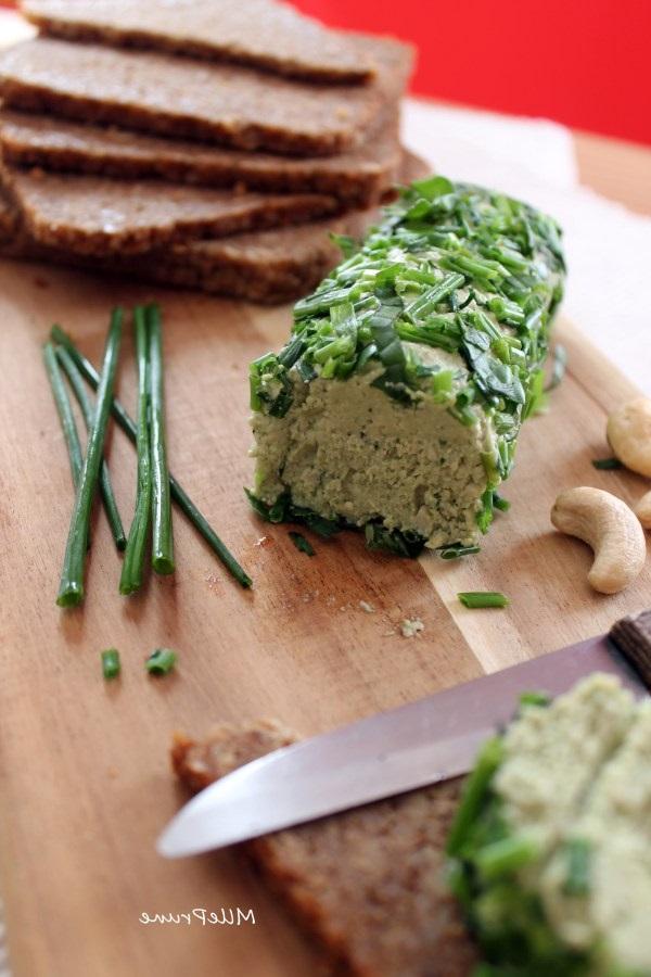 fromage de cajou aux herbes fra ches recette vegan pratique. Black Bedroom Furniture Sets. Home Design Ideas